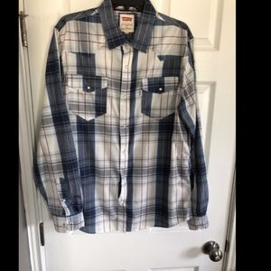 Levis Button Down Long Sleeve Shirt - Large
